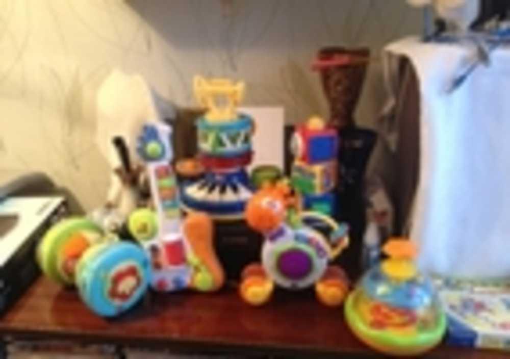 Развивающие игрушки, погремушки, Fisher Price, Chicco